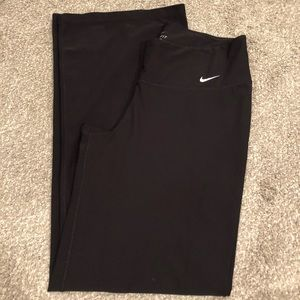 NWOT Black Nike Yoga Pants
